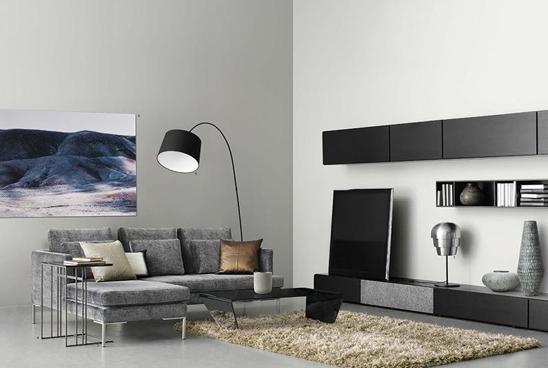 窄小的室内空间如何使办公家具的放置更显的宽阔?板式家具