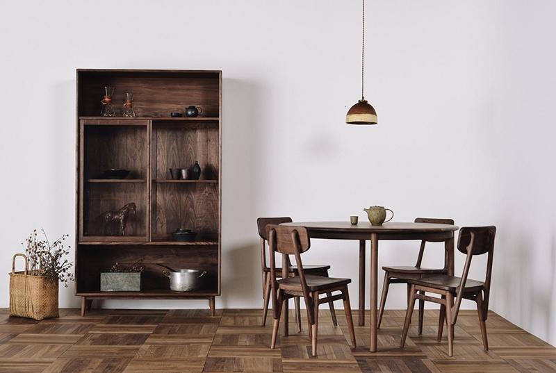 板式家具厂家:那样维护保养办公家具至少还能用20年